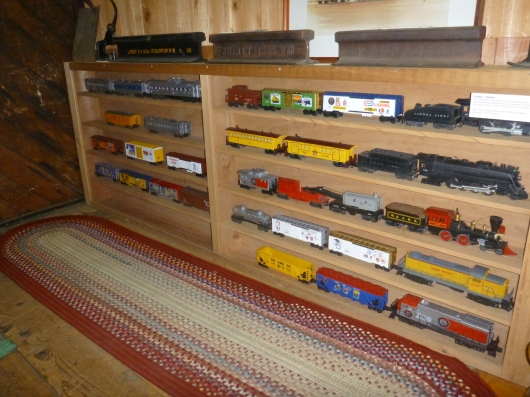 Hey, here are the trains! There's a nice little collection of model trains inside of the former train station now Hemet Museum.