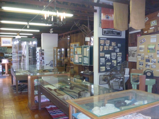 A wider view of the interior of the Hemet Museum.