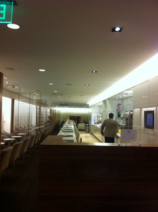 A view of the length from the far side of the oneworld first-class lounge at LAX.