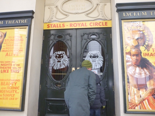Ooh, what's in here?! C and T peeking into the Lyceum Theatre, the home of The Lion King London production for 14+ years now.
