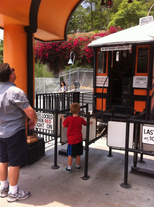Well, we waited... and waited... but sadly, Angels Flight was not running the afternoon we showed up for T's first ride. Darn!
