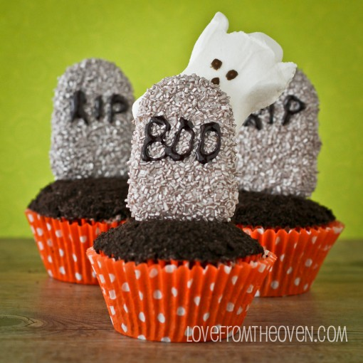 "This is a great Halloween idea from ""Love from the Oven""! (Photo Source: lovefromtheoven.com)"