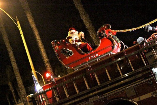 Santa in the Belmont Shore Christmas Parade 2011. (Photo Credit: Ambyr Hardy)